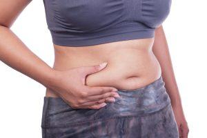 A barriga tanquinho ou lisinha é o objetivo de muitas pessoas. Conheça seis alimentos que incham a barriga e você nem imagina!