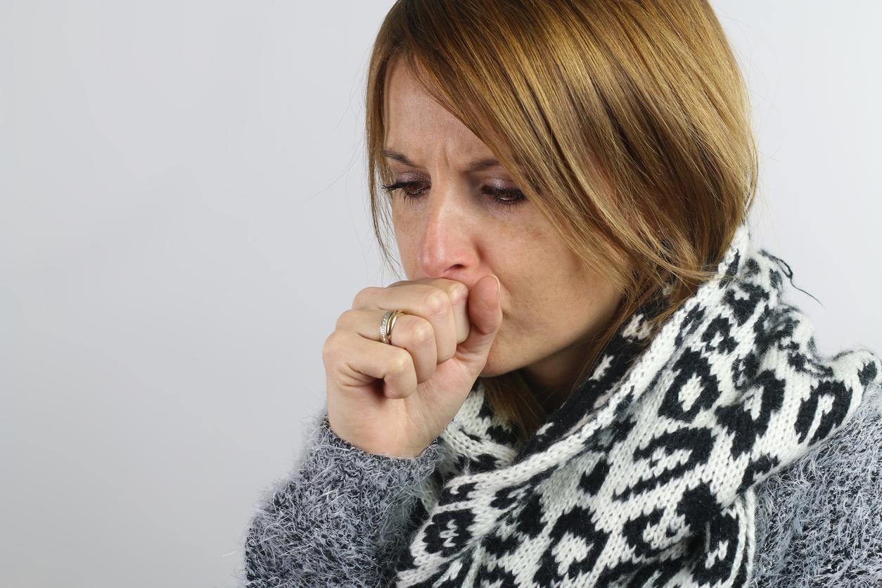 A tosse é um incômodo para muitas pessoas, principalmente em ambientes fechados ou no transporte público. Saiba o que é a tosse.